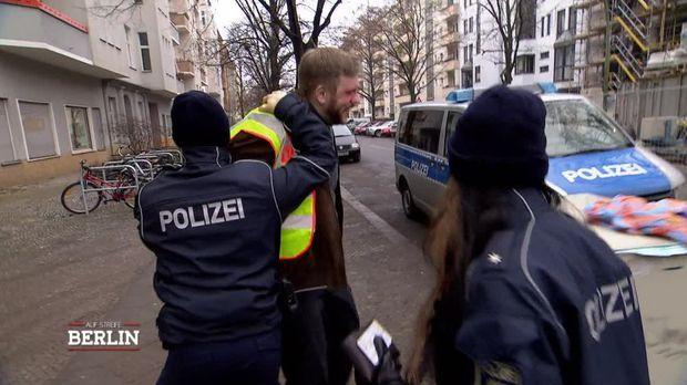 Auf Streife - Berlin - Auf Streife - Berlin - Die Fake-kehrskontrolle