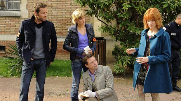 Als Team lösen Matthieu (Guillaume Cramoisan, l.), Fred (Vanessa Valence, 2.v...