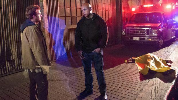 Callen (Chris O'Donnell, l.) begibt sich auf eine geheime Mission, ohne Sam (...