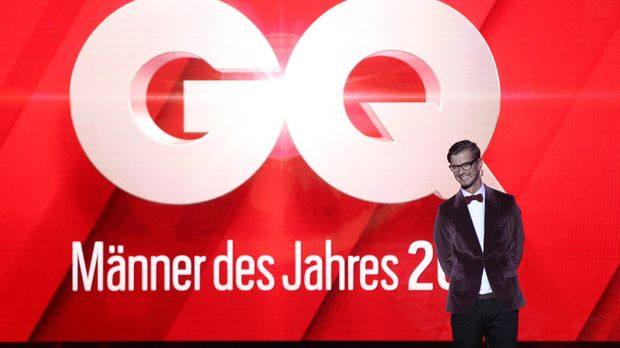 Gentlemen-Treffen in Berlin! In der Komischen Oper verleiht das Gentlemen's Q...