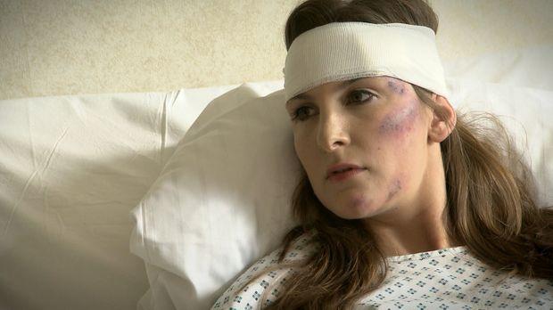 Die BWL-Studentin Franziska Luthe wacht nach einem schweren Verkehrsunfall im...