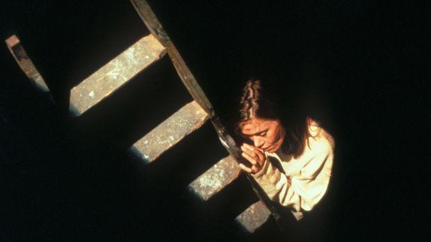 Lucy Householder (Tracey Ellis) ist in den Fängen eines Entführers ... © TM +...