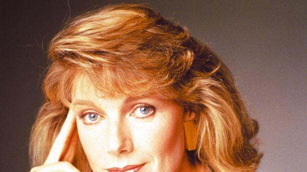 (1. Staffel) - Maggie Gioberti (Susan Sullivan) arbeitet als freie Journalist...