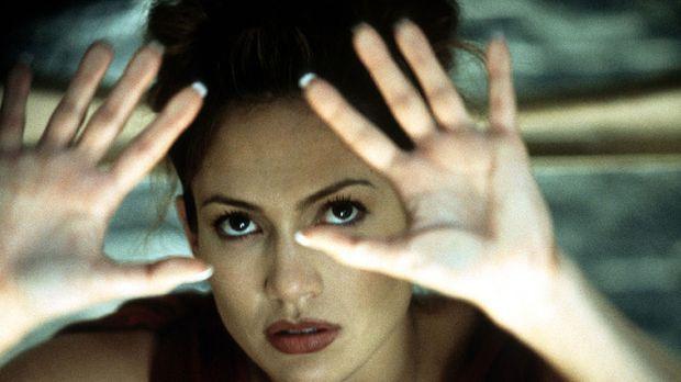Schon bald gerät die Psychologin Catherine (Jennifer Lopez) zwischen die Fron...