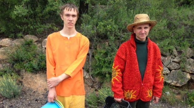 Jessica und Marven (l.) erleben, dass das Leben in einer Hippie-Kommune nicht...