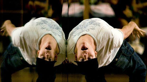 Der beste Tänzer an der Eliteschule von Maryland: Chase (Robert Hoffman) ......
