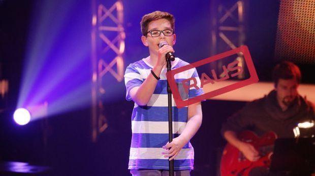 The-Voice-Kids-Stf04-RAUS-Maxime-SAT1-Richard-Huebner