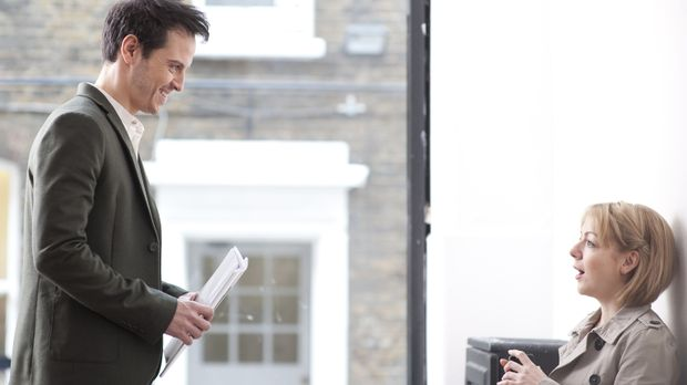 Als Jenny (Sheridan Smith, r.) auf den attraktiven Christian (Andrew Scott, l...