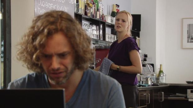 In Gefahr - In Gefahr - Ein Verhängnisvoller Moment - Staffel 1 Episode 39: Caroline - Gefährlicher Chat