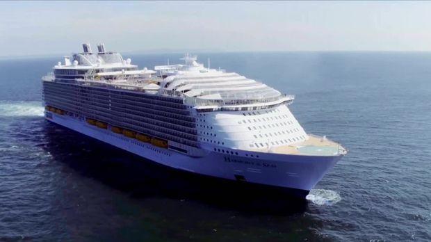 Die Sat.1-reportage - Die Sat.1-reportage - Das Größte Kreuzfahrtschiff Der Welt - Die Harmony Of The Seas