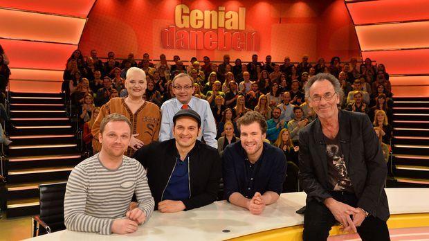 Genial Daneben - Die Comedy Arena - Genial Daneben - Die Comedy Arena - Das Legendäre Rate-team Hat Immer Eine Geniale Antwort!
