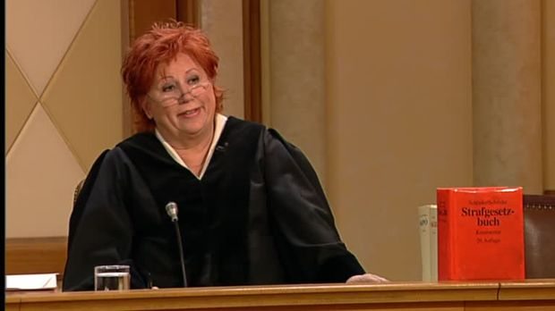 Richterin Barbara Salesch - Richterin Barbara Salesch - Cybermobbing